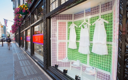 Nike x Liberty window tennis installation