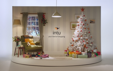 INTU CHRISTMASSING